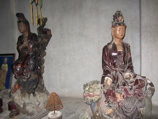 0021Ngo_Quyen_Temple