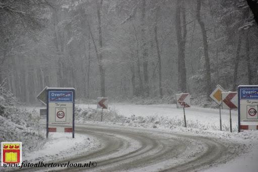 eerste sneeuwval in overloon 07-12-2012  (31).JPG