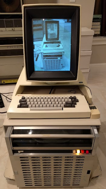 The Xerox Alto displaying an image of the Xerox Alto displaying...