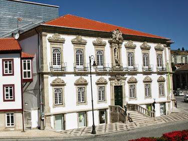 Teatro-Ribeiro-da-Conceição
