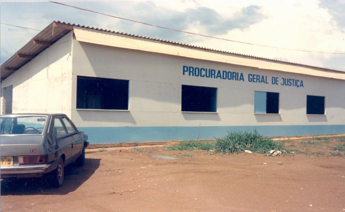 Primeira sede da PGJ em Palmas, 1990.