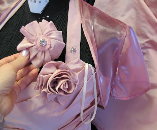 rose per corpetto da cerimonia,decorare corpetto cerimonia