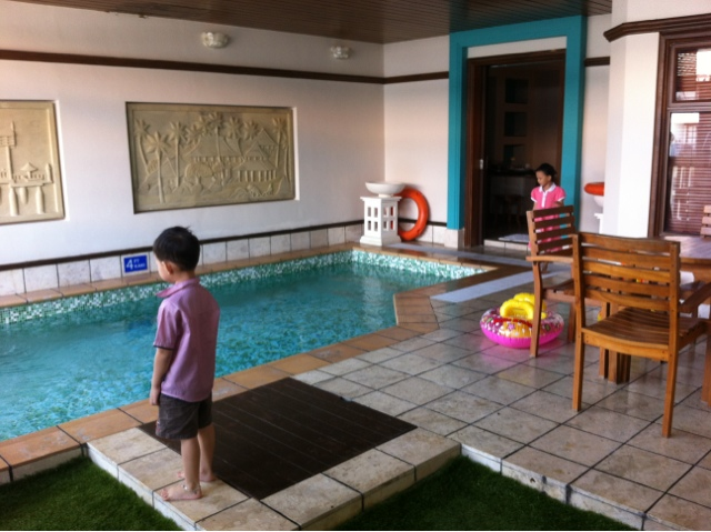 Live love experience family trip to grand lexis for Garden pool villa grand lexis blog