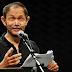 Puisi: Barangkali Telah Kuseka Namamu (Karya Goenawan Mohamad)