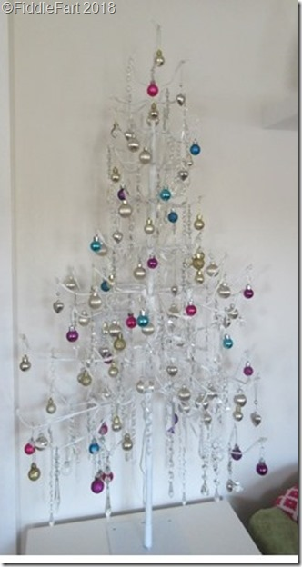 Crystal Christmas Tree using Chandalier Drops_thumb[3]