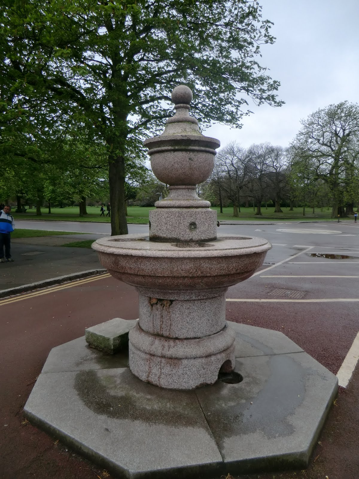 CIMG0347 Drinking fountain, Greenwich Park