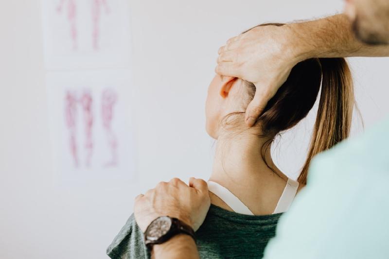 Boyun düzleşmesinin sebebleri nelerdir?