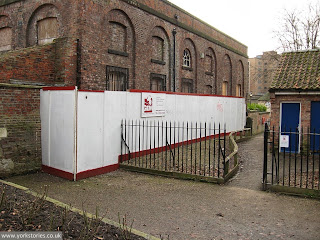 Engine house still waiting patiently, chatting to its little friend the toilet block ...