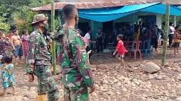 Gotong-royong Saat ada Warga Desa Huta Tonga Meninggal Dunia