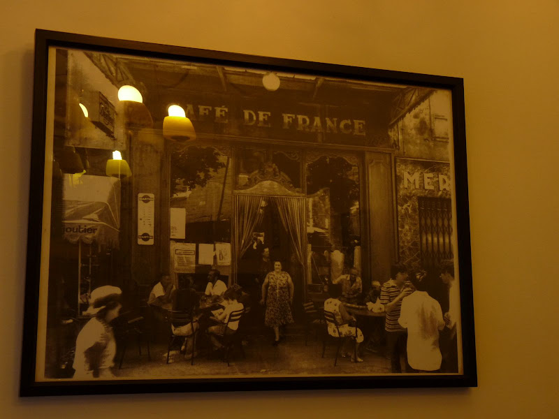 surprenante photo dans un banal café de Keelung