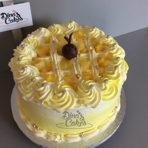 eggless wedding cakes leicester dina s cakes 8 quot vanilla sponge pineapple fresh 13935