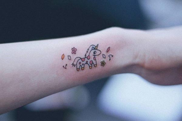 esse_desenho_tatuagem_de_unicrnio