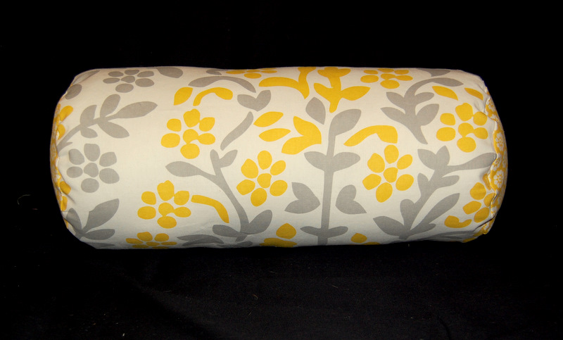 A Case Of The Yellows Bolster Pillow Tutorial Unique Sew Bolster Pillow Cover