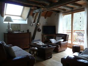 Photo: Appartement 1 - Salon donnant sur terrasse