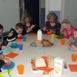 Sobere maaltijd voor de kinderen van de kinderkerkclub. - DSCF5792.JPG