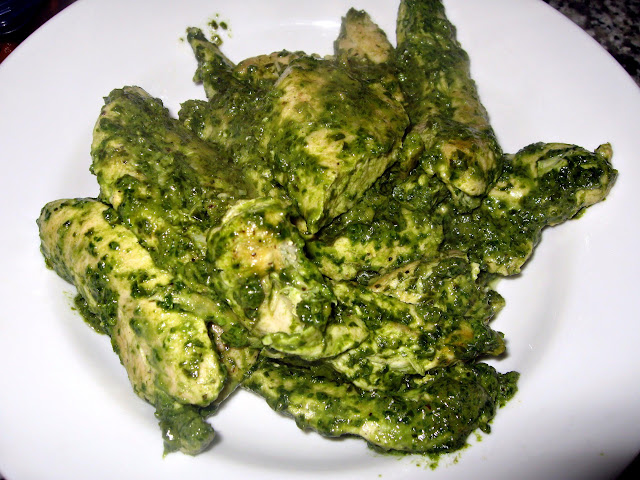 Pesto Chicken (Pollo al Pesto)
