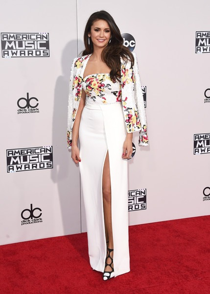 Nina Dobrev attends the 2015 American Music Awards