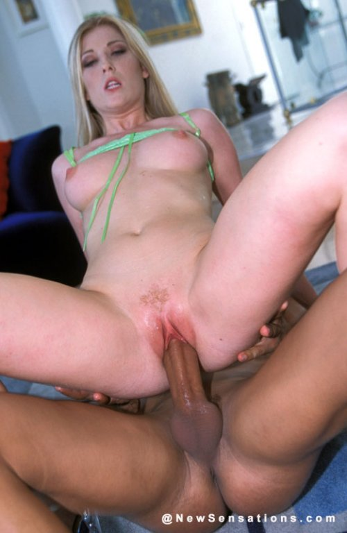 Cheerleader milf sucks big dick 1fuckdatecom 4