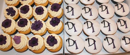 814 Huwelijk cupcakes.JPG