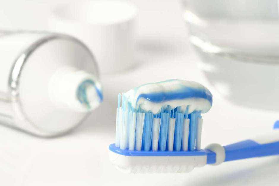 El elemento en la pasta de dientes que puede provocar cáncer de colon