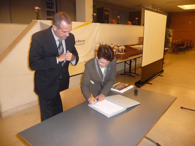 Signature de la convention entre la FFCEB et la LHF