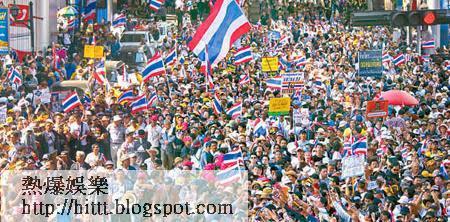 示威者密密麻麻的擠滿街道。(Getty Images圖片)