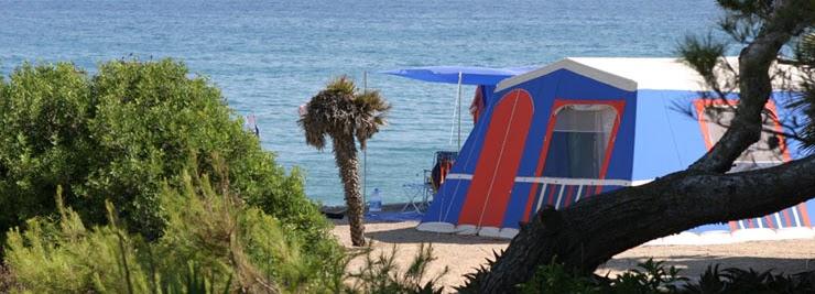 Camping torre de la mora campings en tarragona for Camping con piscina climatizada en tarragona