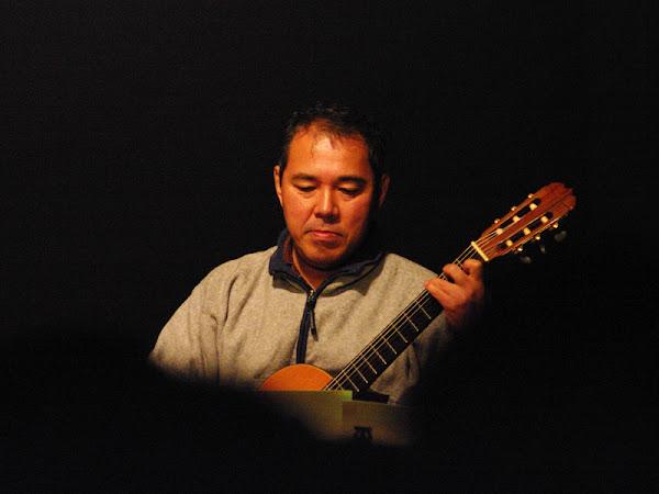「ギター教室あんとん」講師 中島 勇