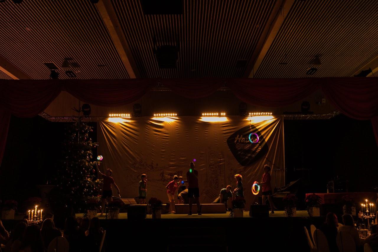 Weihnachtsfeier Haubi - 0163_inshot_HAUBI%2527s%2BWeihnachtsfeier%2B2017_2146.jpg