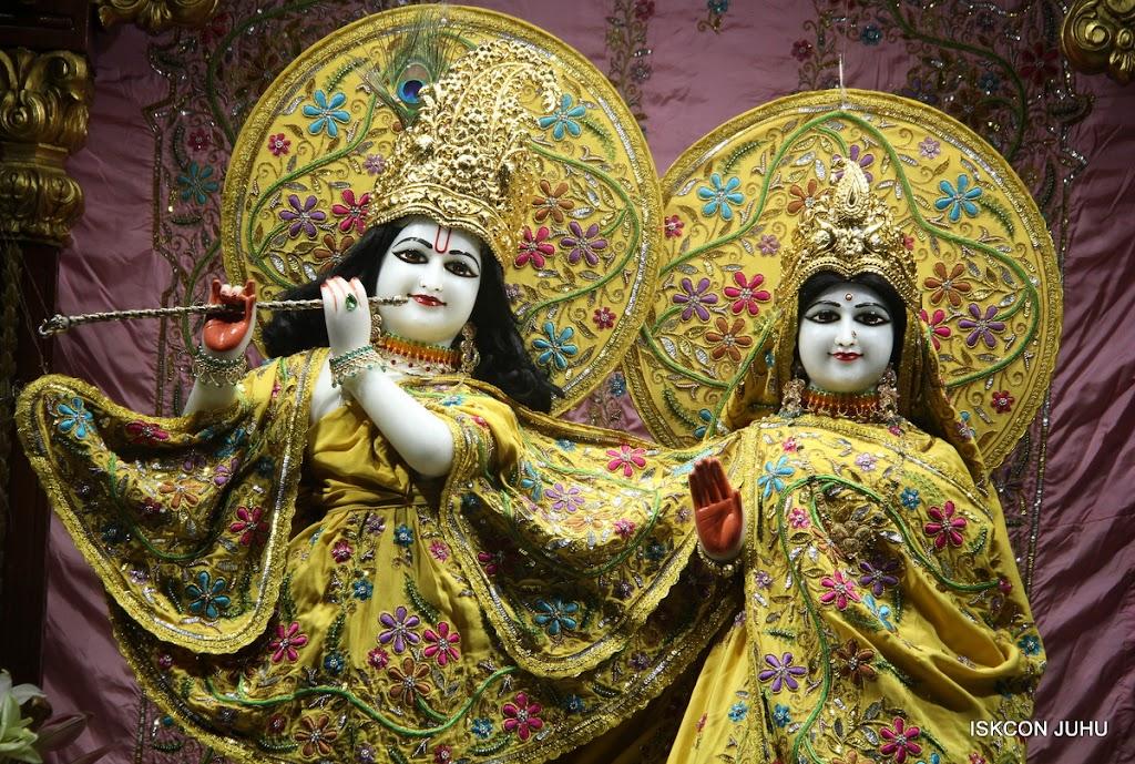 ISKCON Juhu Mangal Deity Darshan on 30th May 2016 (26)