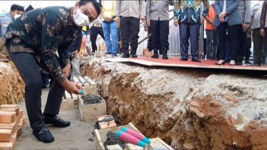 Bupati Hadir di Peletakan Batu Pertama Mako Polres Batanghari