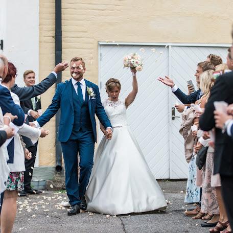 Wedding photographer Anette Bruzan (bruzan). Photo of 21.09.2017