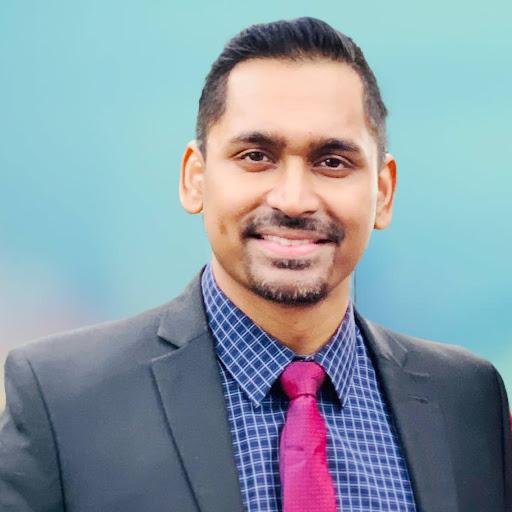 Daniel Stanley Photo 24