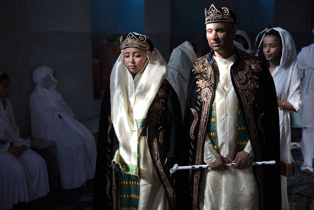 wedding dresses in all different cultures,habits of brides 1