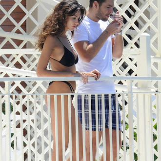 Madalina Ghenea Bikini candids in the Amalfi Coast July 27-2016 031.jpg