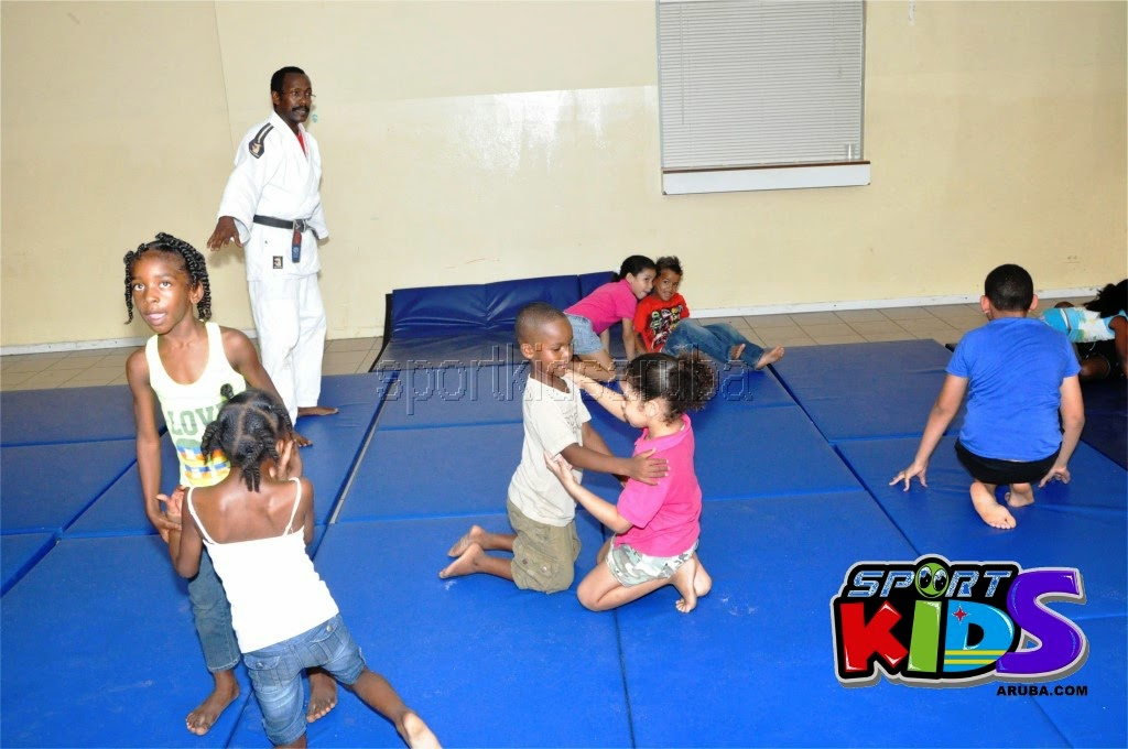 Reach Out To Our Kids Self Defense 26 july 2014 - DSC_3234.JPG