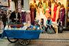 Поредната количка-сергия с освежаващи продукти
