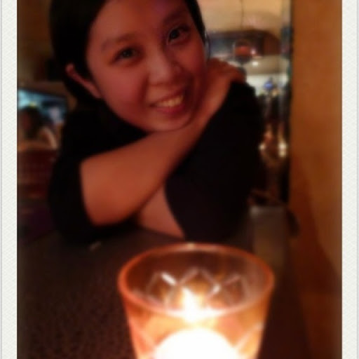 Denise Lam Photo 24