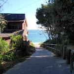 Path to Jibbon Beach (98789)