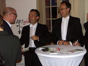 Mozart Sommer Schloss Schwetzingen MozART group with fans