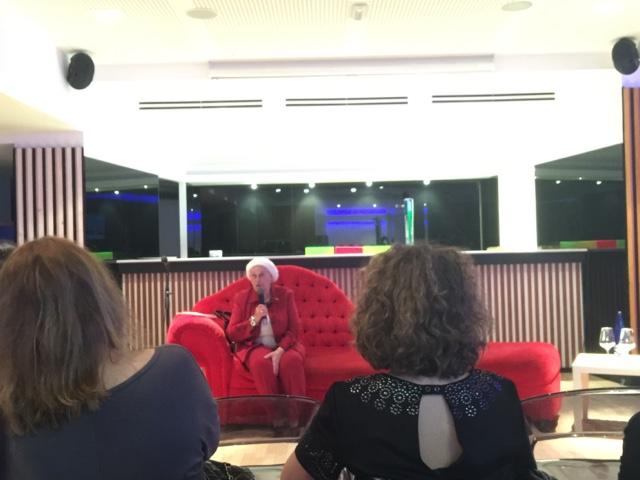 Isabel Grandal, Chela, la Jubilada jubilosa, fue la primera ponente en el primer Coruña Bloggers