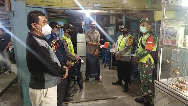 Operasi Yustisi Polsek Tebing Tinggi, Masih Ada Buka Lewat Batas Jam Buka Operasional