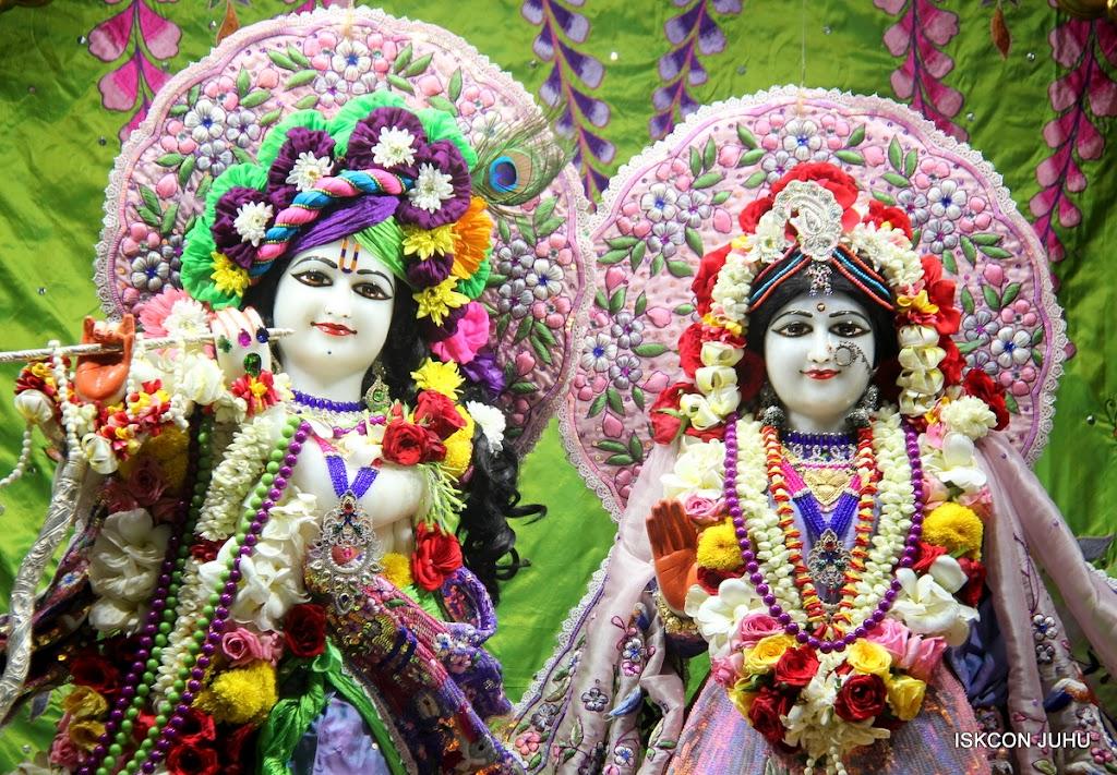 ISKCON Juhu Sringar Deity Darshan on 30th June 2016 (4)