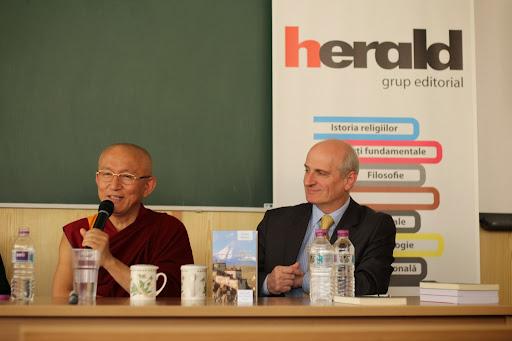 """conferinta cu tema:""""Minte si cunoastere. O perspectiva buddhista"""" - Facultatea de Filosofie - Bucuresti 2013"""