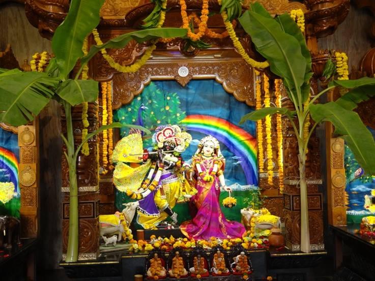 ISKCON Nigdi Deity Darshan 08 April 2016 (7)