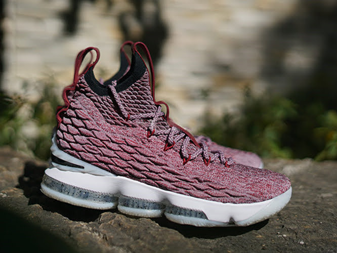 sports shoes b7bd3 21052 Vino Nike LeBron 15 Said to Remain as Asia Exclusive ...