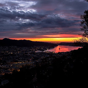 Dramatic skies by Steven Snoots - Landscapes Sunsets & Sunrises ( sunset bergen skies sundown norge clouds landscape )