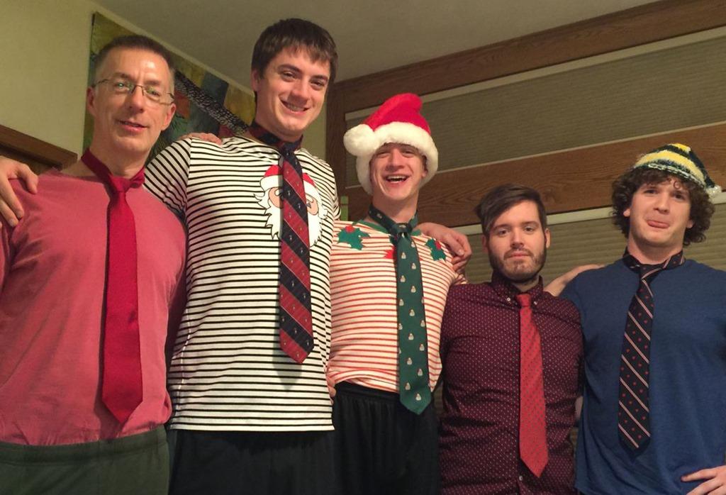 [Christmas+ties+2017%5B12%5D]