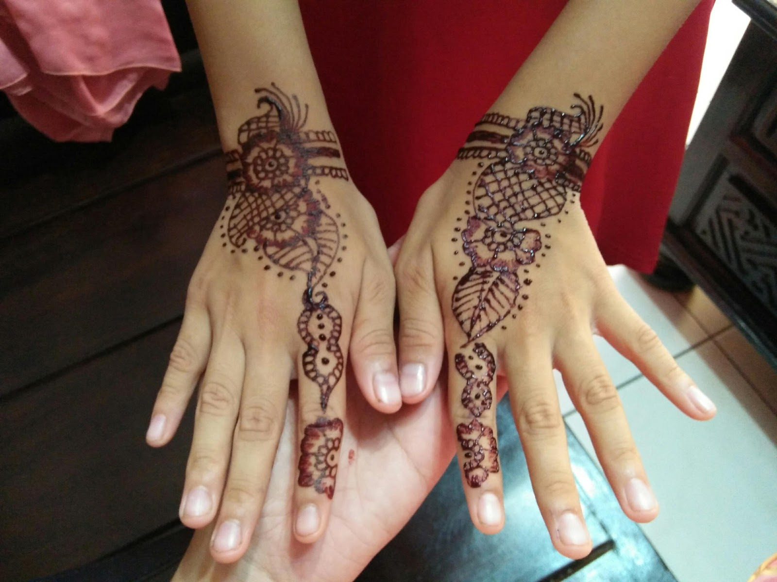HENNA AND BEAUTY