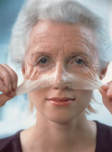 Health Tips: Daily Sunscreen Use Can Slow Skin Aging (And It's Not Too Late To Start Now)